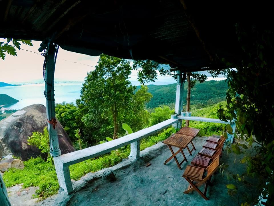 Cafe với núi ngắm vẻ đẹp mê hồn của đèo Hải Vân - 2