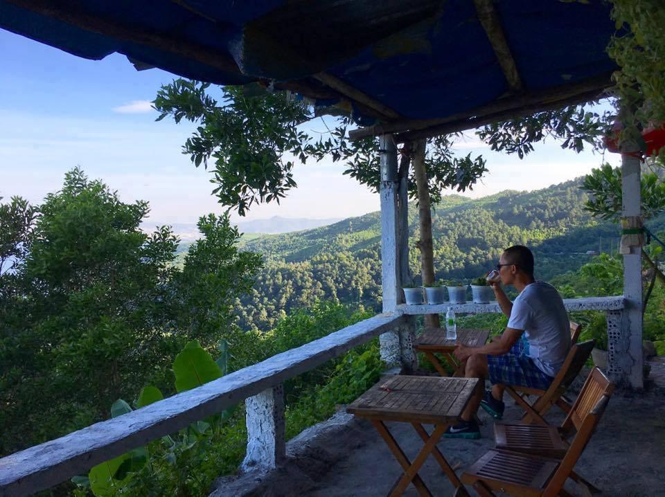 Cafe với núi ngắm vẻ đẹp mê hồn của đèo Hải Vân - 3