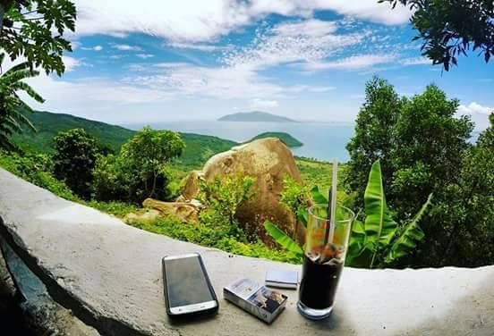 Cafe với núi ngắm vẻ đẹp mê hồn của đèo Hải Vân - 4
