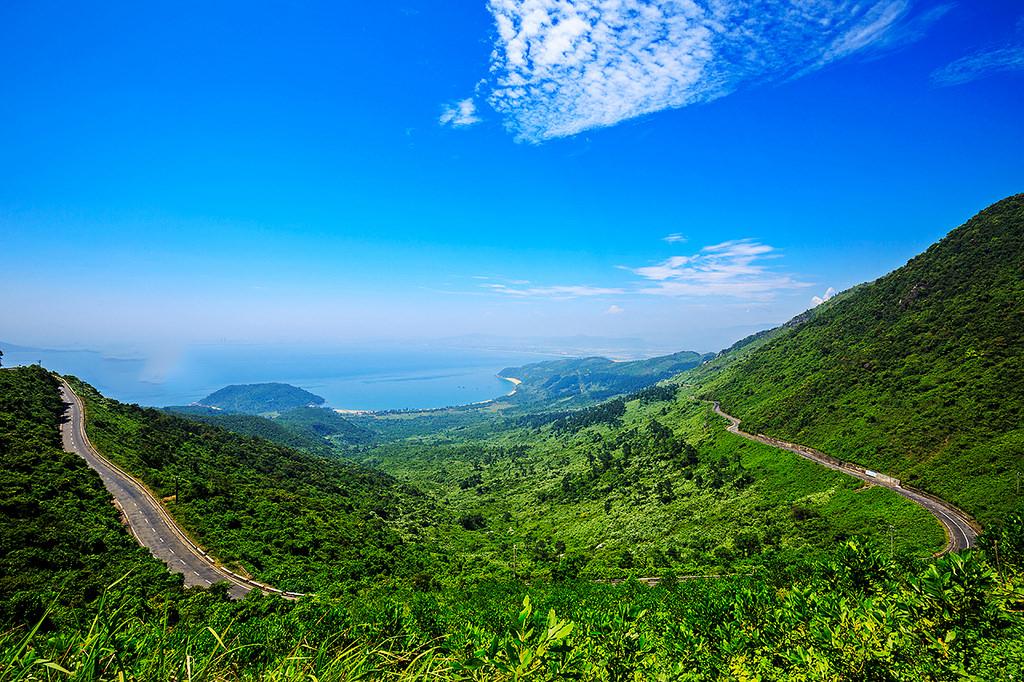 Cafe với núi ngắm vẻ đẹp mê hồn của đèo Hải Vân - 9