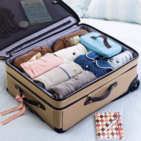 Những mẹo đơn giản sắp xếp hành lý du lịch -cover