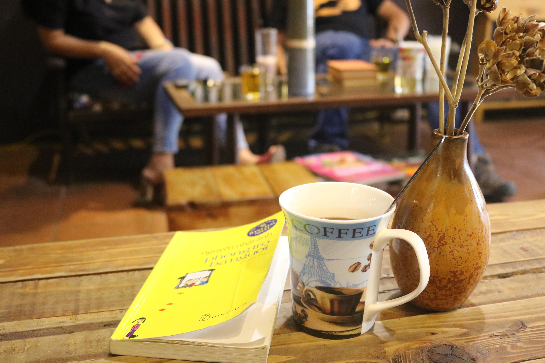 Chốn mộng mơ cho kẻ lãng du ở La pensée café Librairie - 6